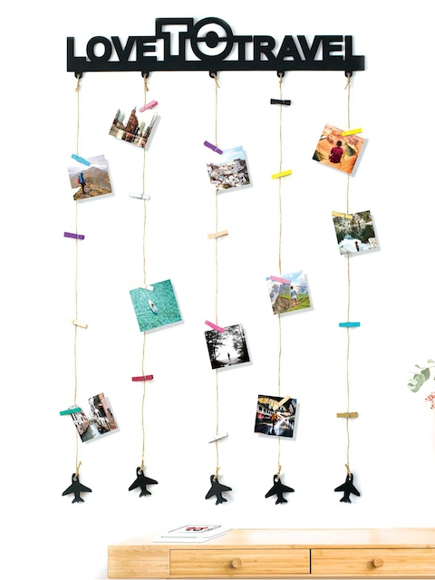 Art Street Love To Travel Wall Hanging 20 Photos Holders with Clips