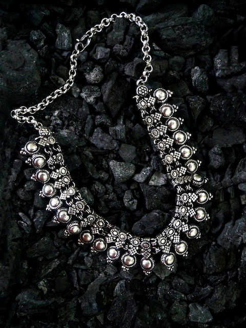 Rubans Silver-Toned Statement Necklace