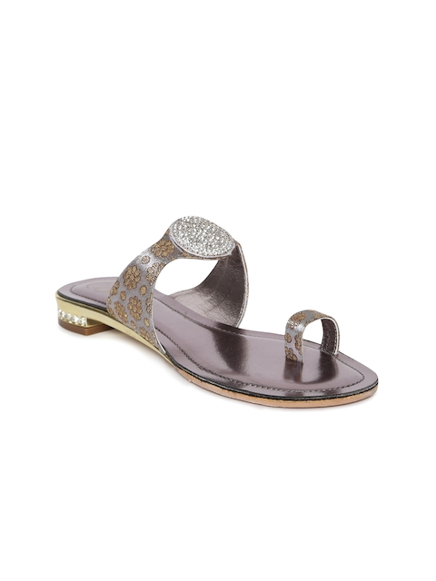 Catwalk Women Silver-Toned Synthetic One Toe Flats