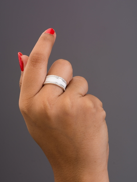 TALISMAN Handcrafted Rhodium-plated Finger Ring
