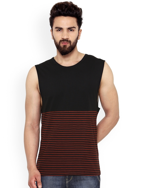 Hypernation Men Red & Black Striped Round Neck T-shirt