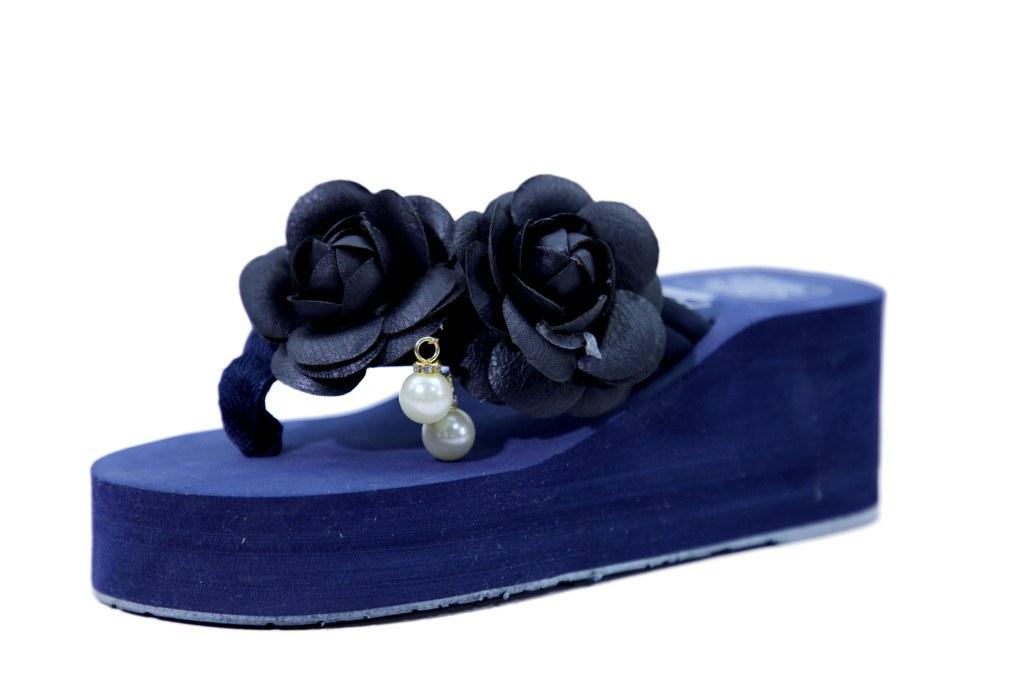 hienbuy Hie'n'buy New Lotus Flower Wedge Heel Slipper For Girls Blue
