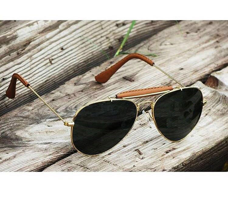 luxurystore Black And Golden Stylish Sunglasses W 813