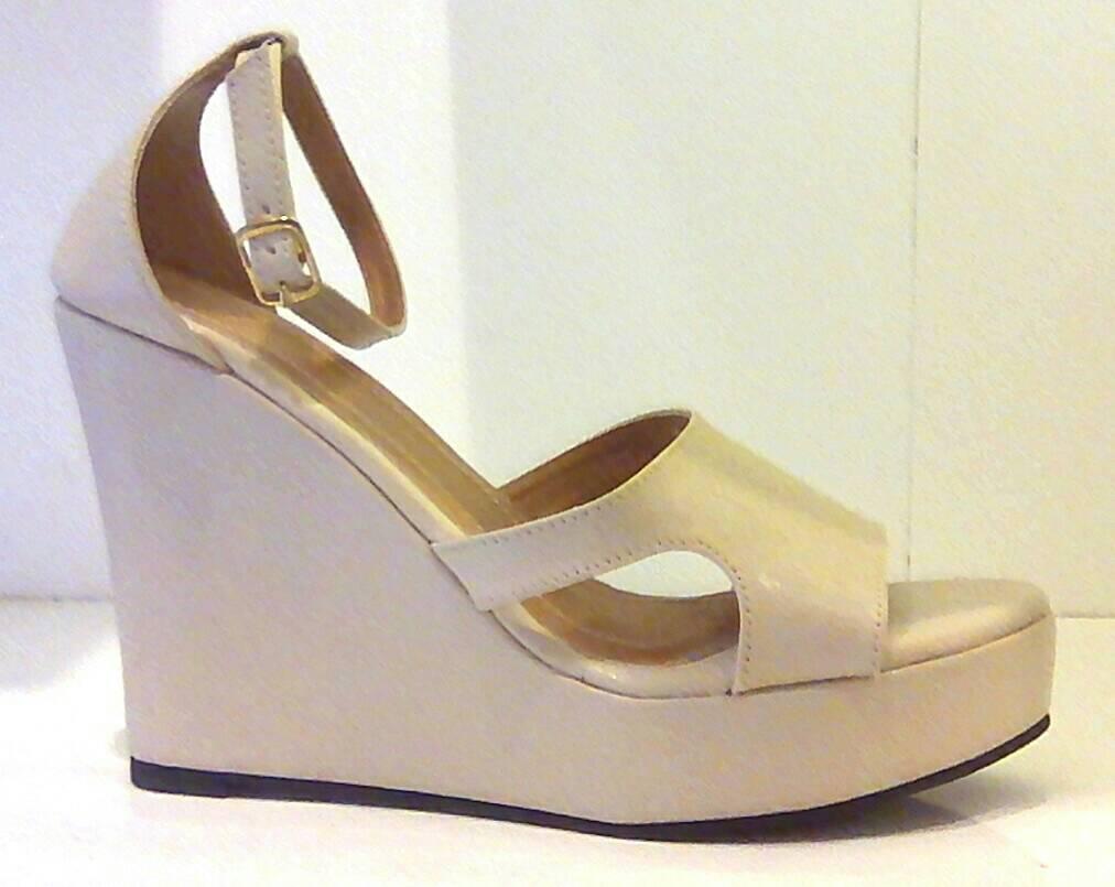 katalogue2 Wedge Sandals