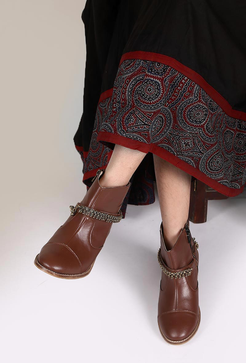 tjori Brown Leather Ankle Boots