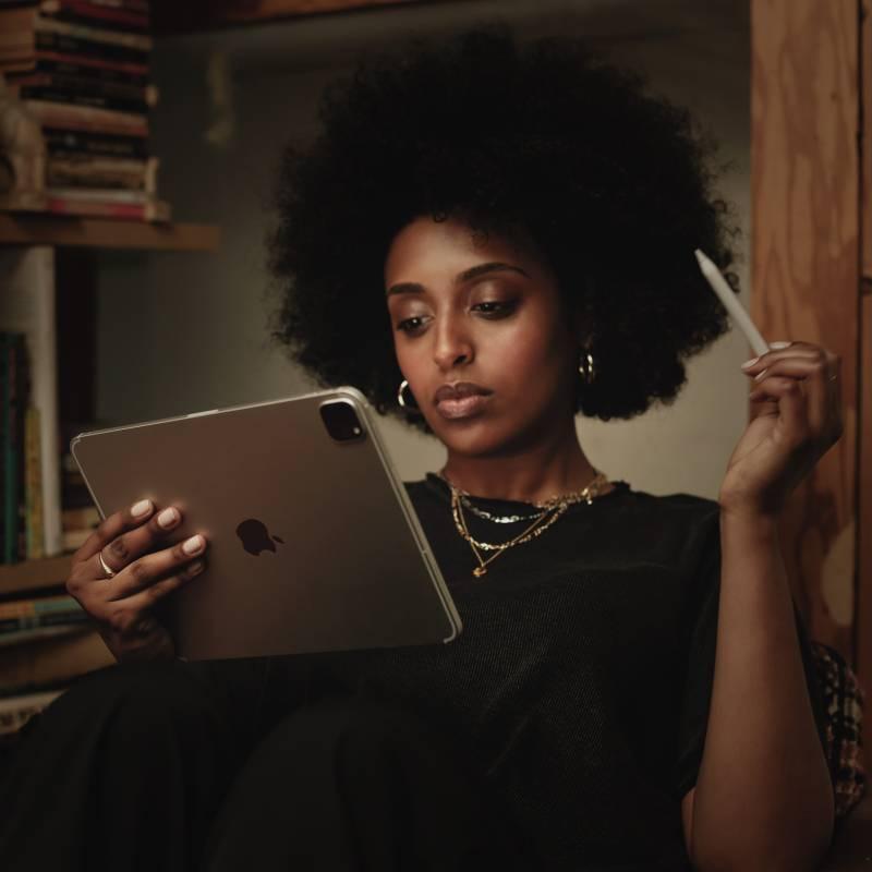 Apple iPad Pro 2020 (2nd Generation) 6 GB RAM 512 GB ROM 11 inch with Wi-Fi+4G