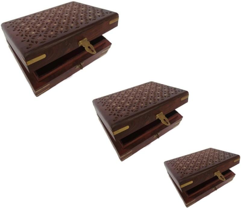 Desi Karigar set of three makeup Vanity Box(Brown)